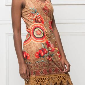 101idees robe a franges camel 3