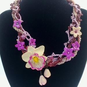 Collier orchidees