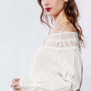 Lilie rose blouse a epaules denudees white 1