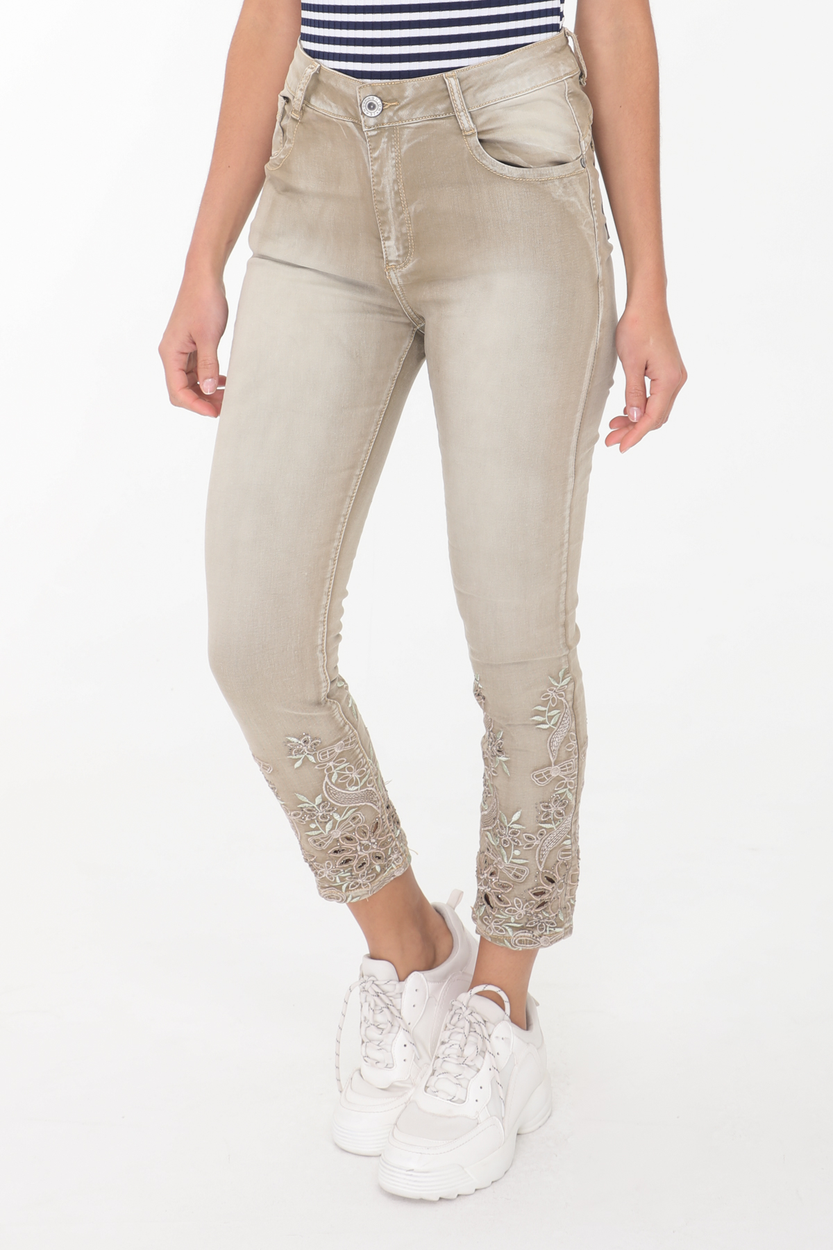 Taupe 2